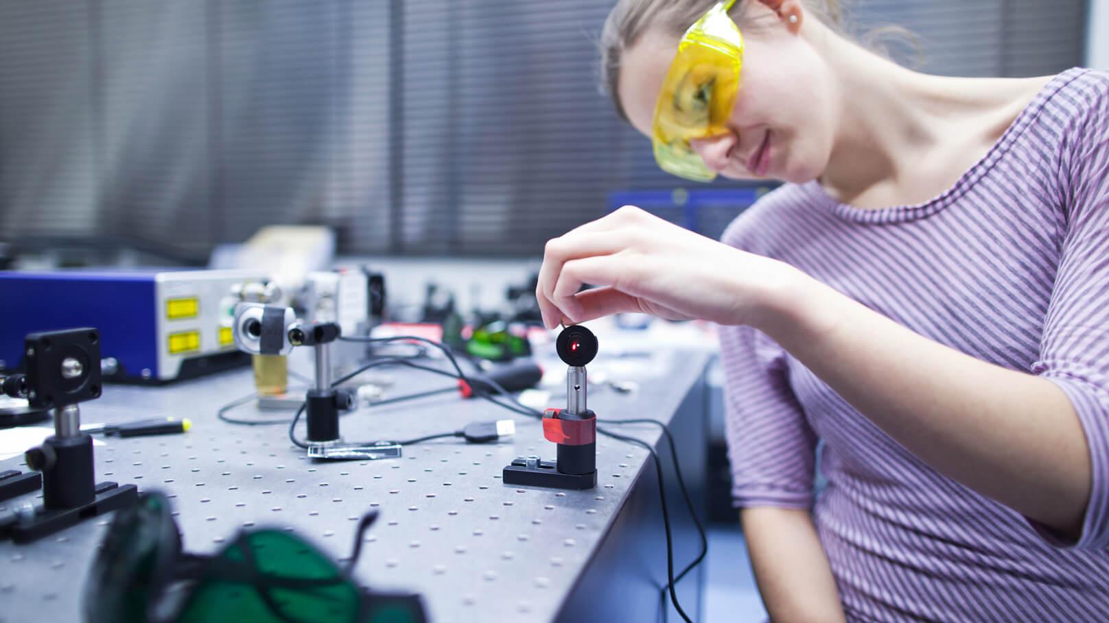 intelligente materialien und photonik lettinvest lettland